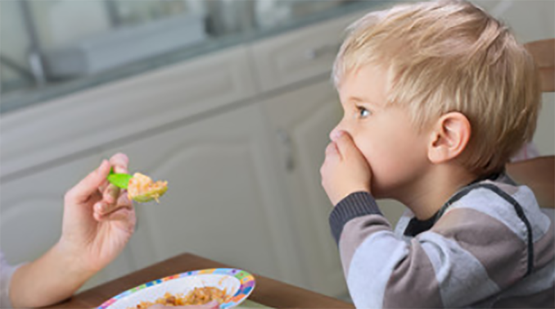 3 Ways to Conquer Mealtime with an Autistic Child